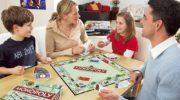 Рейтинг самых популярных настольных игр для взрослых и детей