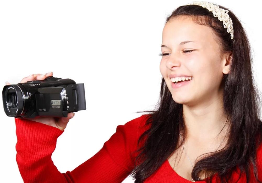Рейтинг лучших видеокамер с хорошим качеством съемки